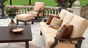 patio-furniture-care